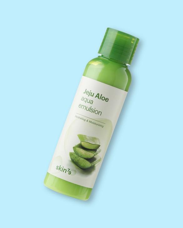Skin79 Hydratačná emulzia na tvár s extraktom z aloe Jeju Aloe Aqua Emulsion